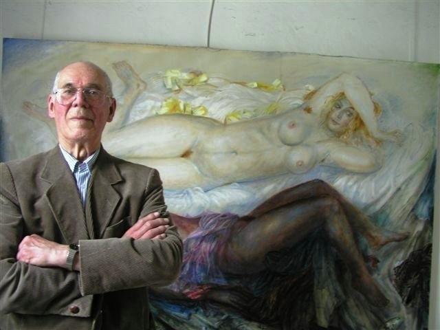 The artist and a nude