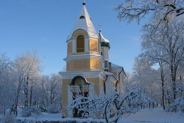 Haapsalu Maria-Magdaleena Church – in the winter