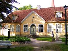 Lnemaa Museum och f.d. Rdhus