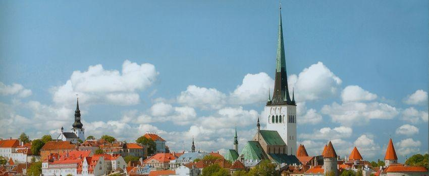 St. Olav's Church tower – St. Olav's Church in the foreground