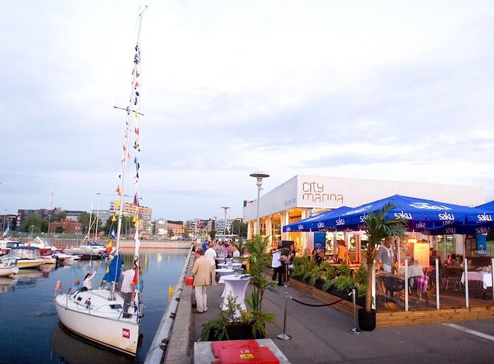 City Marina restaurant and bar