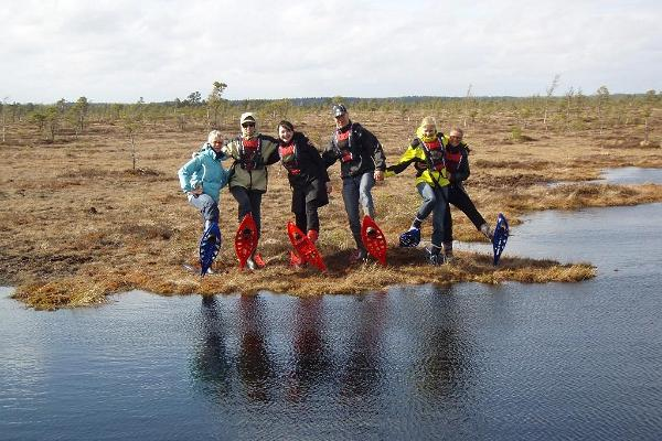 Bogshoeing around bog-pools!