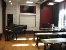 Alo Mattiisen's piano classroom