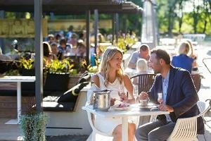 "Hedon Spa, Terrasse des Restaurants ""Raimond"""