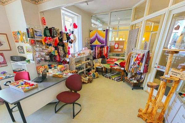 R&S Handicraft Boutique
