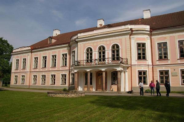 Roosna-Alliku Manor