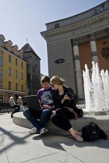 Articles about Estonia