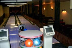 Bowling in Essu Manor