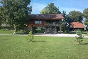 Holiday Home Külavilla, located by a picturesque lake