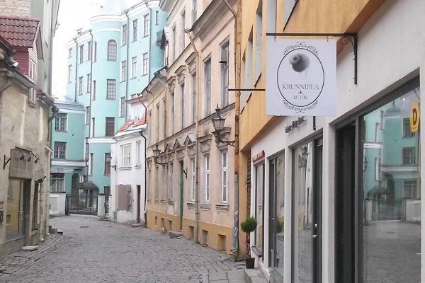 Estonian design and handicraft shop Krunnipea Butiik