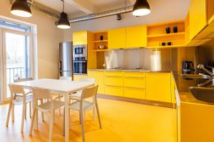 A communal kitchen for all guests