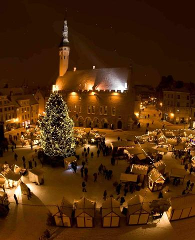 The tale of Tallinn's most famous Christmas tree