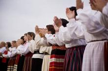 Estonian Youth Choir Wins First Prize at Portugal Festival