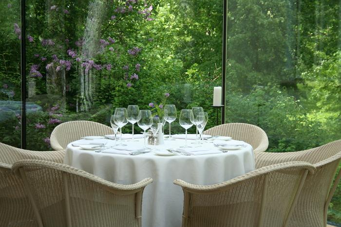 Meal with a view, Padaste Manor