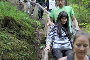 Hiking in Taevaskoja on the paths of