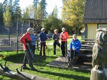 Nordic walking group hikes in the bogs of Kõrvemaa
