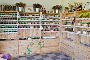 Farm shop of the Tamme herb garden