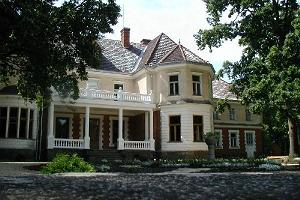 Olustvere Manor
