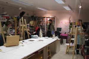 An art class at the Saaremaa Art Studio
