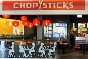 Chopsticks in Kaubamajakas