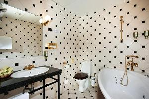 Double de Luxe bathroom