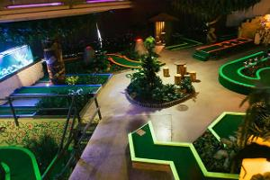 Estonia_elamusgolf_adventure golf_minigolf_Tallinn_indoor