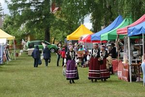 Suviste Handicrafts and Country Fair