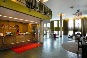 Hotel London, Rezeption