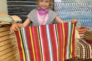 Vaibapesa at Maarja Magdaleena Guild; weaving workshop for children