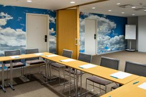 A work-place aura in heavenly seminar rooms!