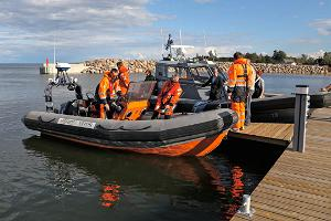 A demonstration of sea rescue in Eisma harbour