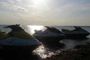 A 1-hour jet ski safari to the islands of Kolga Bay