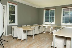 Seminar room for up to 40 people