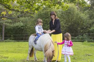 Dreamy photo shoot with ponies and a pony ride