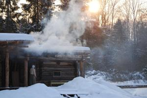 Sauna session in a traditional Old Võromaa smoke sauna at Mooska