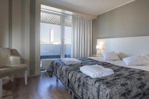 Pirita Spa Hotel, Marine Lounge Suite bedroom
