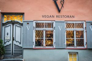 Vegan Restaurant V