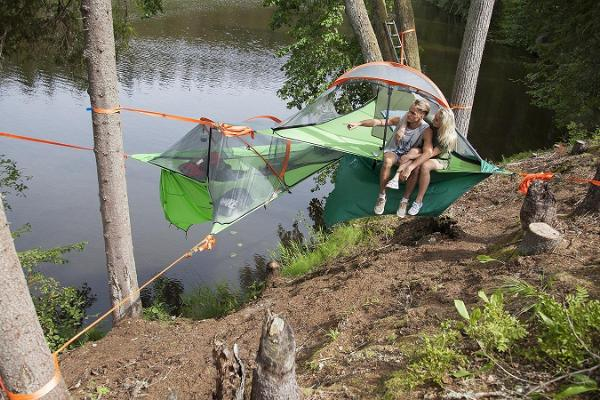 Sleeping in tree tents and a canoeing on River Ahja