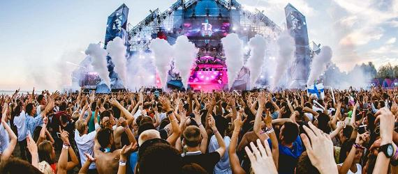 How to party VIP style at Weekend Festival Baltic