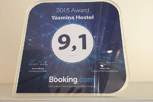 Yasmina Hostel booking hinnang