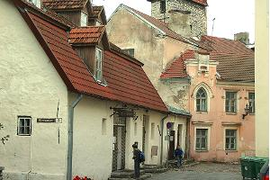Tour of the Old Town of Tallinn – a walk through a medieval museum