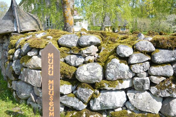 Car tour 'On the path of the past and masters of Saare County'