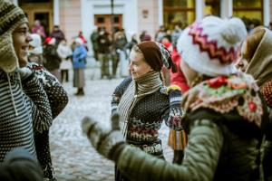 Wintry Tartu Folk Dance Day