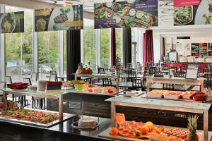 Buffet in restaurant Grill 250°