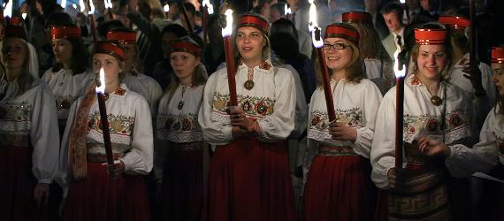 Gaudeamus song and dance festival follows the mystery of the solstice