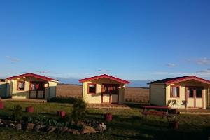 Camping cottages at Cafe Koorejaam
