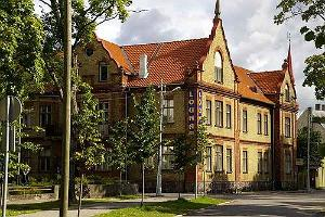 Lõuna Hostel, External View