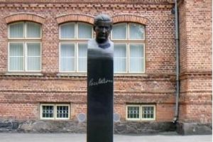 Paul Keres Monument in Pärnu