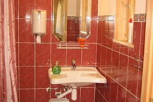 Toila holiday home – bathroom of small holiday home